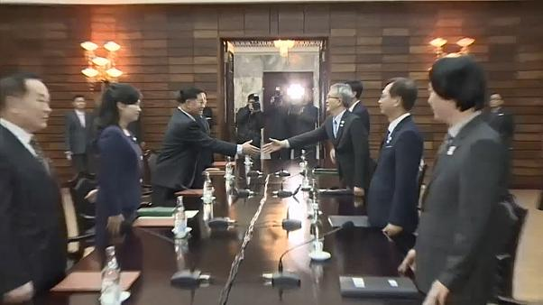 North and South Korea hold fresh talks over Winter Olympics