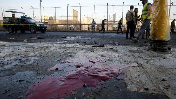 Duplo atentado em Bagdade faz dezenas de mortos