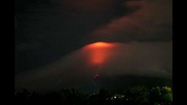 Filipinler'de volkanik hareketlilik