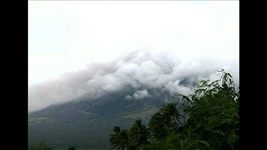 Вулкан Майон вот-вот проснется