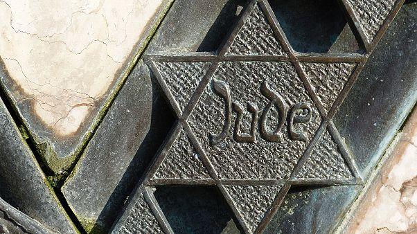 Judenstern für 60 Euro zu kaufen: Internet-Portal entschuldigt sich