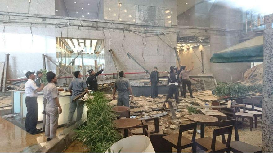 Ινδονησία: Κατέρρευσε όροφος του χρηματιστηρίου