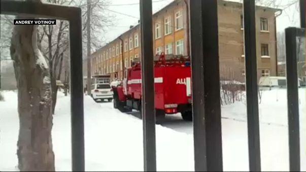Rusya'da okula saldırı