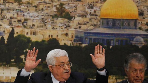 """عباس لترامب """"يخرب بيتك"""""""