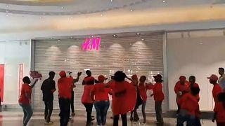 حمله به فروشگاه «اچ اند ام» در آفریقای جنوبی