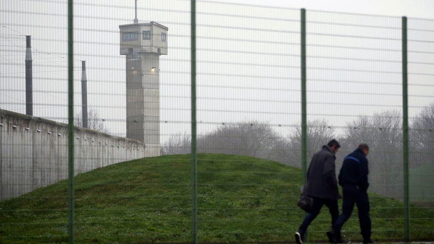 Colère des surveillants dans les prisons françaises