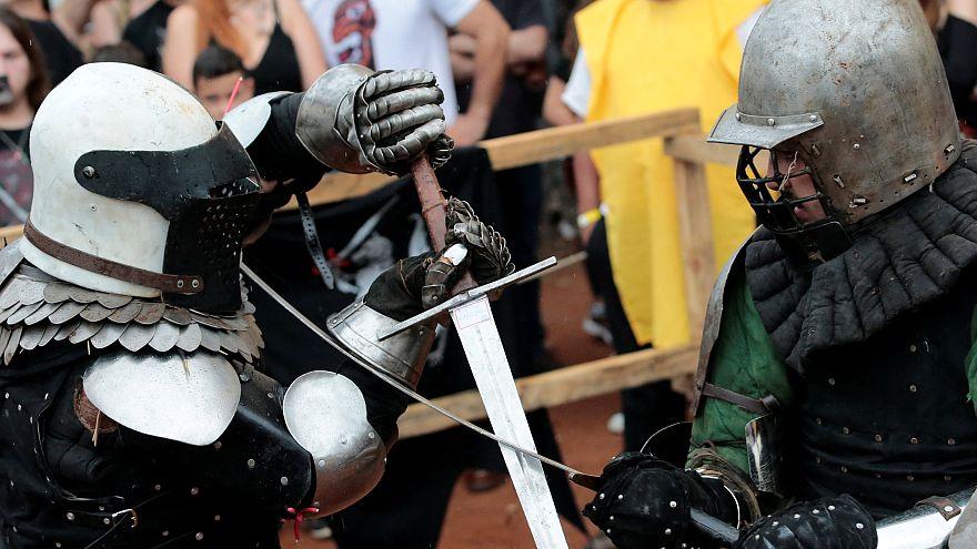 Campinas recria batalha medieval