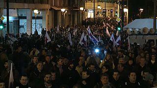 Atina'da göstericiler polisle çatıştı