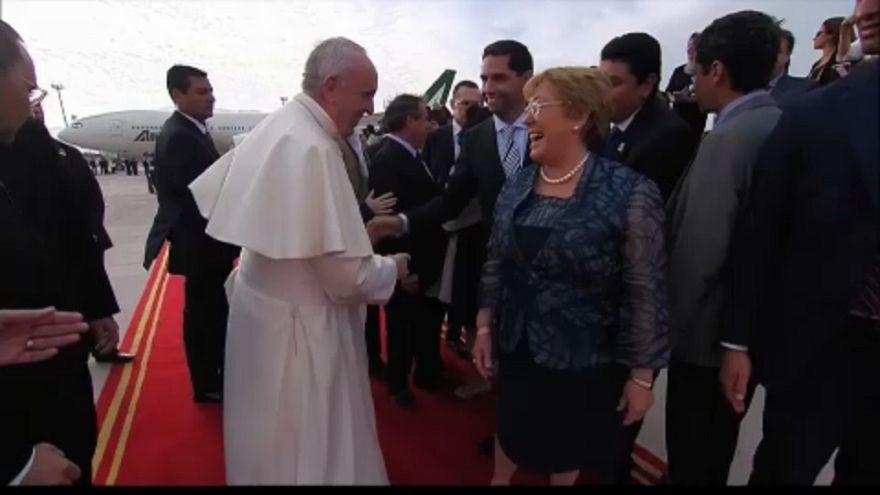 Santiagóban misézik a pápa