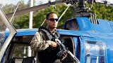 Ein Bild aus anderen Zeiten: Oscar Pérez posiert als Hubschrauberpilot