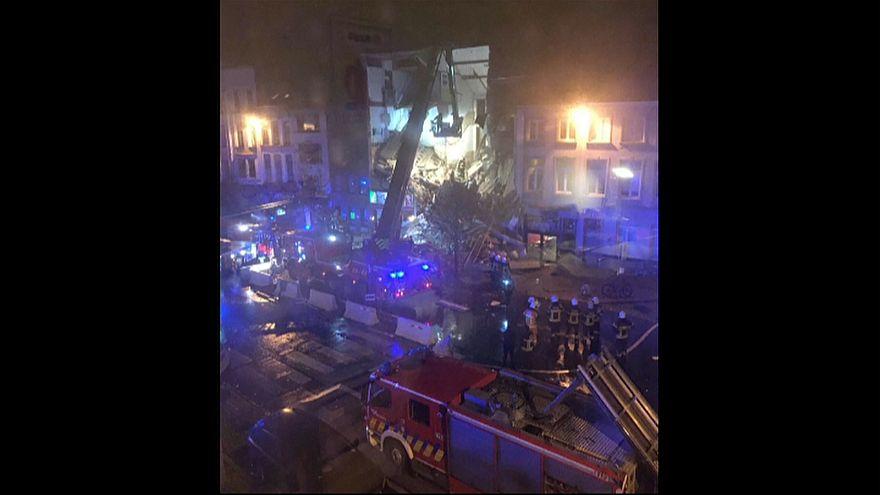 Belgium: building brought down by blast in Antwerp