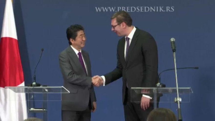 Először látogatott Szerbiába japán miniszterelnök
