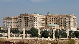 Ανοίγει ξανά το υπερπολυτελές ξενοδοχείο-φυλακή Ritz-Karlton στο Ριάντ
