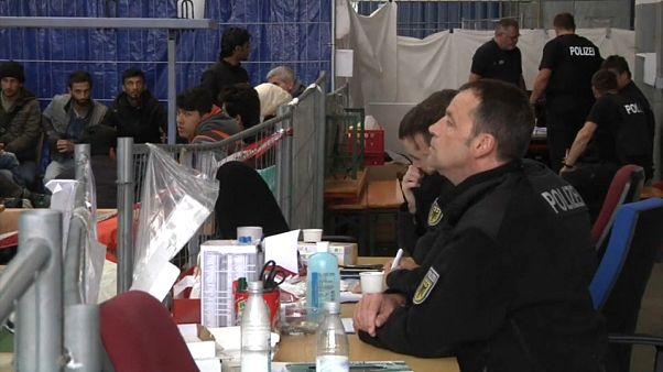 Germania: nel 2017 diminuite sensibilmente le richieste d'asilo