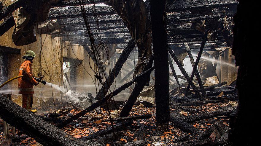 In fiamme il museo della navigazione di Giacarta
