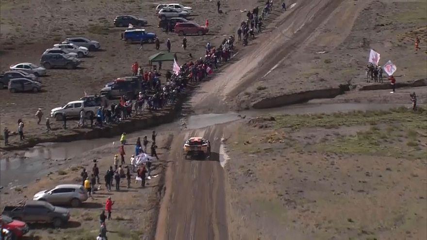 Rallying: Dakar leader Sainz handed 10 minute penalty