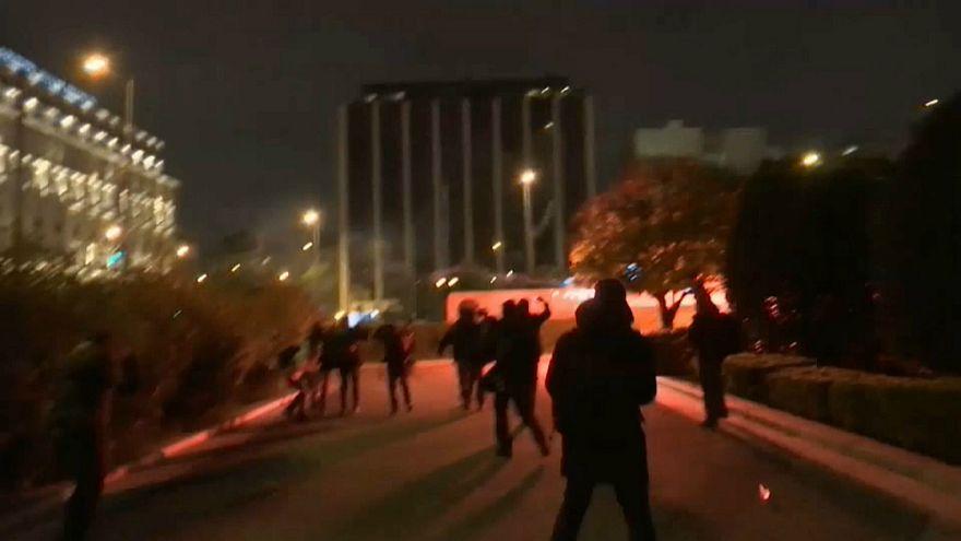 احتجاجات في أثينا ضد إجراءات تقشفية جديدة