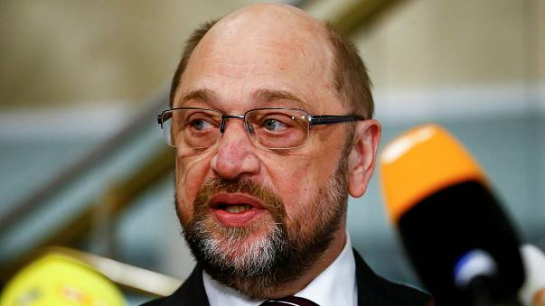 Martin Schulz parti üyelerinden destek bekliyor