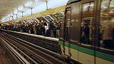 Abendverkehr in der Pariser U-Bahn