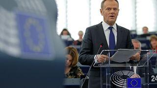"""L'UE reste ouverte"" au Royaume-Uni (Tusk)"