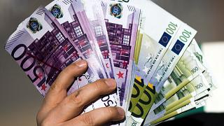 Οι Βρυξέλλες αποσύρουν 8 χώρες από την μαύρη λίστα με φορολογικούς παράδεισους