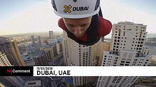 A Dubaï, une tyrolienne depuis un gratte-ciel
