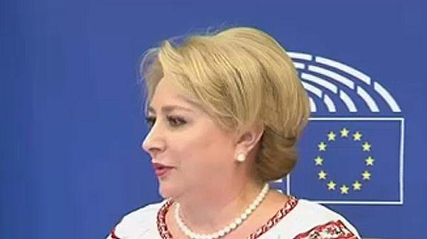 Viorica Dăncilă proposta para líder do executivo romeno