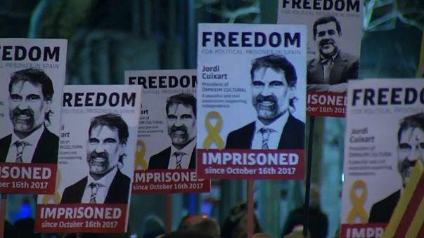 """Барселона: """"Свободу политзаключённым!"""""""