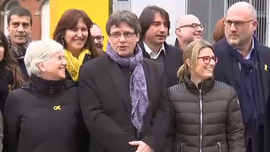 JuntsxCat y ERC acuerdan apoyar la candidatura de Puigdemont como president