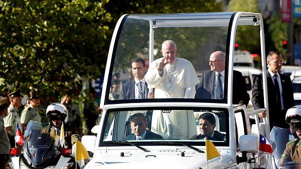 Au Chili, le pape prend la parole sur les scandales d'abus sexuels par les prêtres