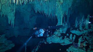 347 km, la plus longue grotte de la planète!