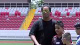 Ronaldinho cuelga las botas a sus 37 años