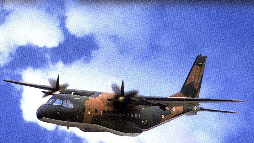 Eğitim uçağı düştü: 3 asker şehit