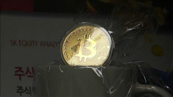 Bitcoin in picchiata, calo del 25%