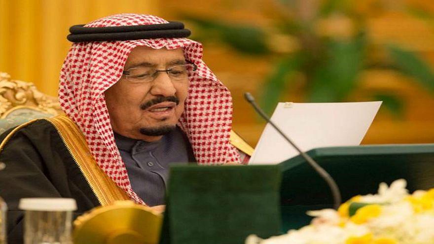 السعودية تودع ملياري دولار في البنك المركزي اليمني لدعم العملة