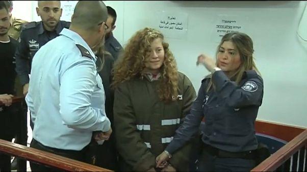 Ahed Tamimi seguirá en prisión hasta que se celebre su juicio