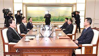 I capi delegazione, Jon Jong Su (Nord) e Chun Hae-sun (Sud) a Panmunjom