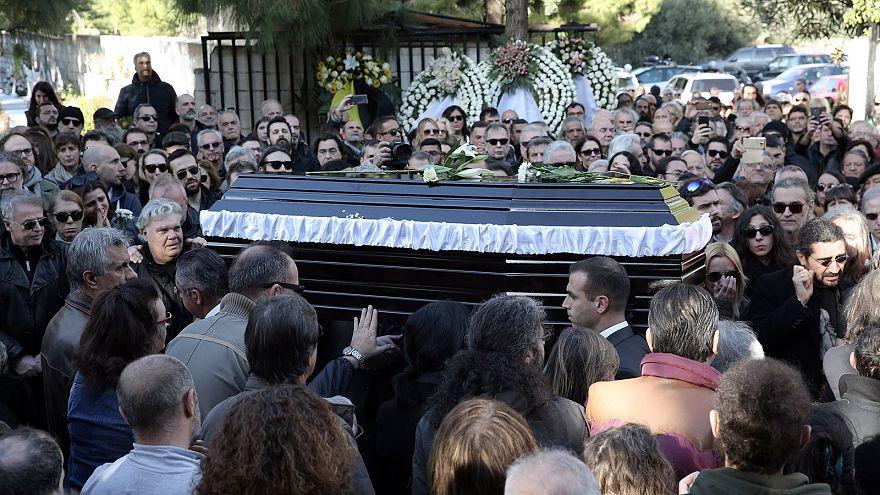 Το τελευταίο «αντίο» στον Τζίμη Πανούση