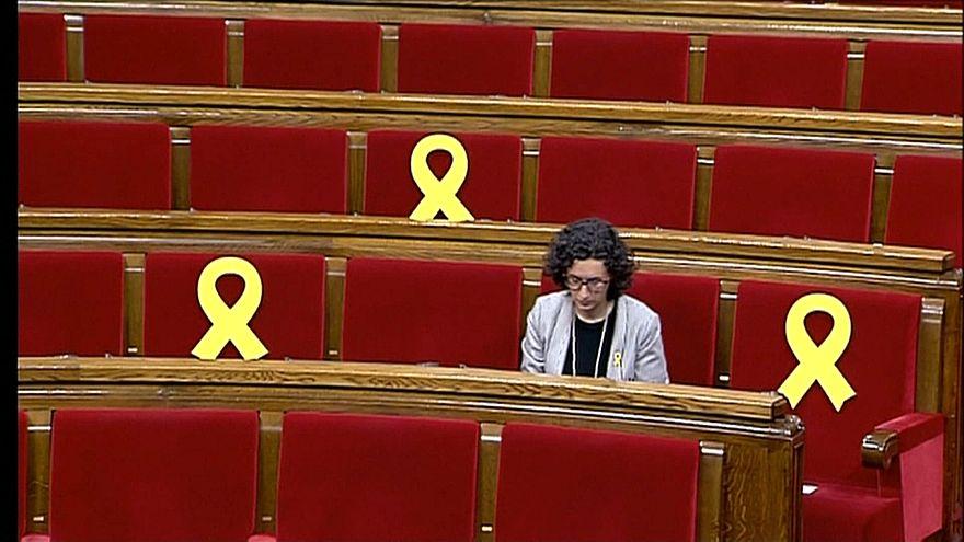 80 Tage nach Auflösung durch die spanische Zentralregierung hat sich das katalanische Regionalparlament neu konstituiert