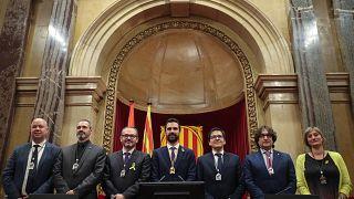 Οι αυτονομιστές συνεχίζουν να ελέγχουν το καταλανικό κοινοβούλιο