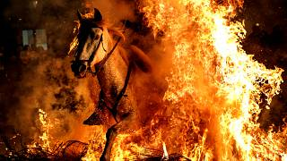 İspanya'dan inanılmaz 'Las Luminarias' görüntüleri