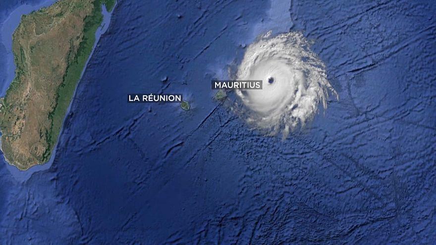 Il ciclone Berguitta punta Mauritius e Réunion