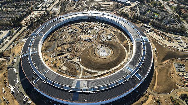 """Der sich im Bau befindliche """"Apple Park"""" im kalifornischen Cupertino."""