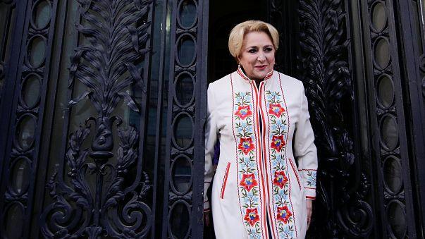 Le président roumain approuve la nomination de Viorica Dancila