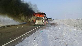 Καζακστάν: Λεωφορείο στις φλόγες - 52 νεκροί