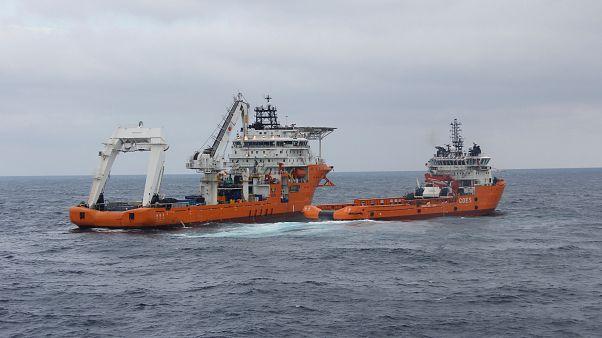 Κίνα: Τέσσερις πετρελαιοκηλίδες από τη βύθιση ιρανικού δεξαμενόπλοιου
