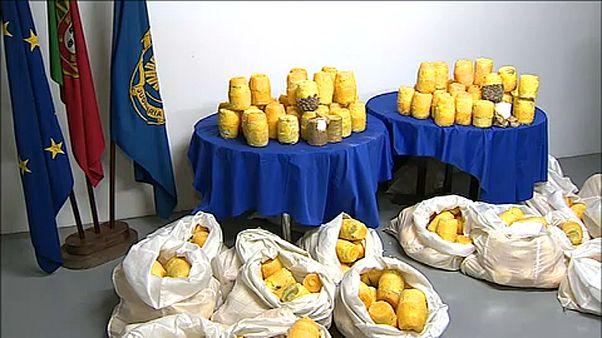 Έκρυψαν ναρκωτικά μέσα σε ανανάδες