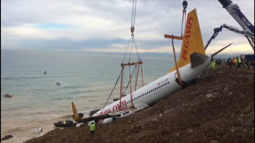 Turkish engineers salvage Pegasus airlines plane which veered off runway