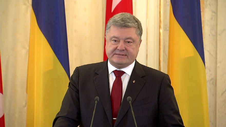Ukrayna meclisi kritik Donbass yasasını kabul etti