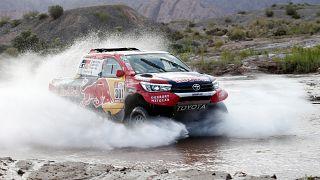 Nasser Al-Attiyah vence 12ª etapa, Sainz segura liderança